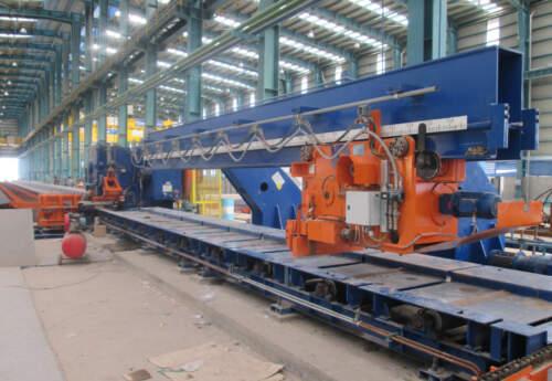 فرماندار بافق تاکید کرد/ لزوم تکمیل چرخه فولاد در بافق