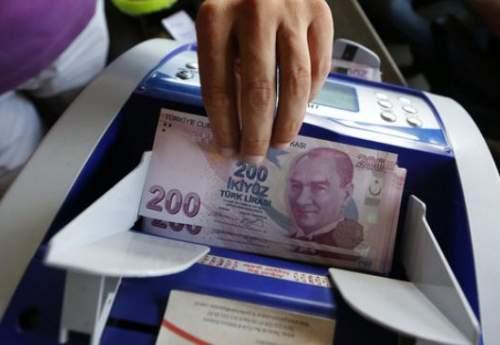 فلج شدن بازار میلگرد در پی سقوط ارزش پول ترکیه