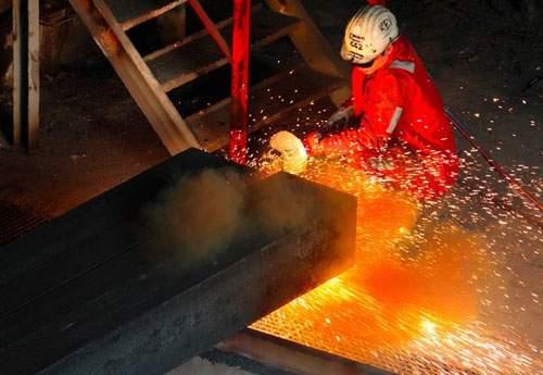 چرا فولاد جز کالاهای حساس است؟
