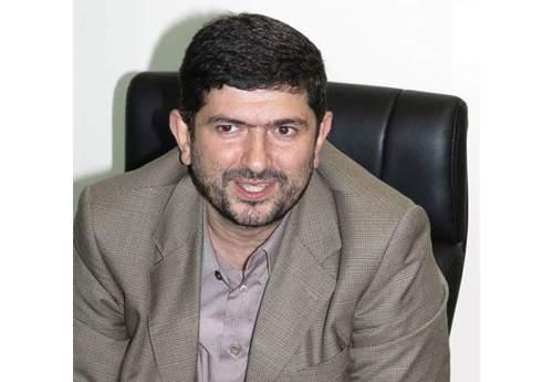 فولاد خوزستان بیش از ۲۰۰ میلیارد از بانک ها طلبکار است!/ فولاد خوزستان باید مورد تشویق قرار گیرد/ سود ۲۰۰ میلیونی فولاد خوزستان در سال ۹۵