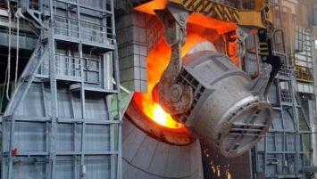 افزایش ۱۴.۵ درصدی تولید شمش فولاد کشور در مردادماه