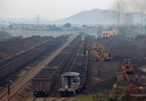 کاهش واردات سنگ آهن ژاپن در شش ماهه نخست سال ۲۰۱۶
