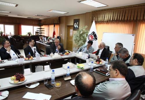 اولویت اصلی سیاست های بازرگانی عراق خرید محصولات فولادی از ذوب آهن است